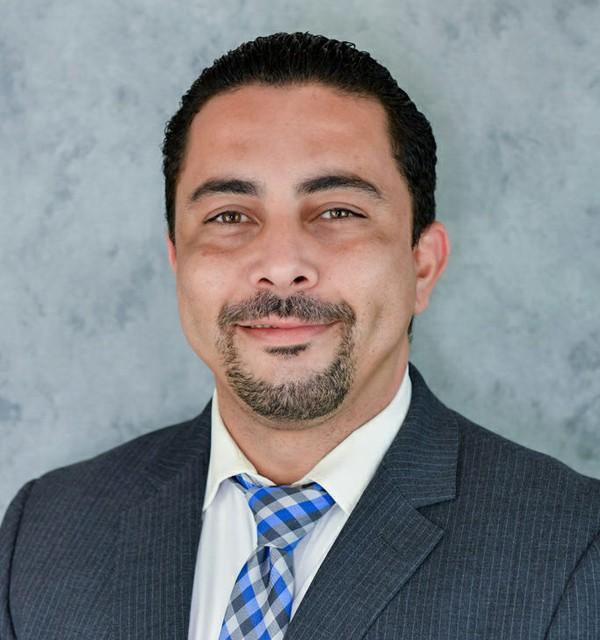 Manny-Gonzalez-2-683x1024.jpg