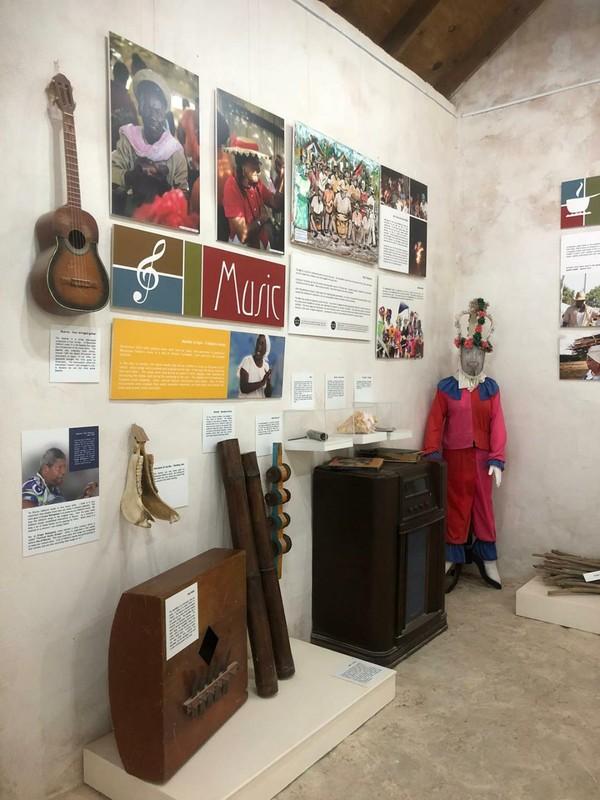 Inside Magazina di Rei.jpg