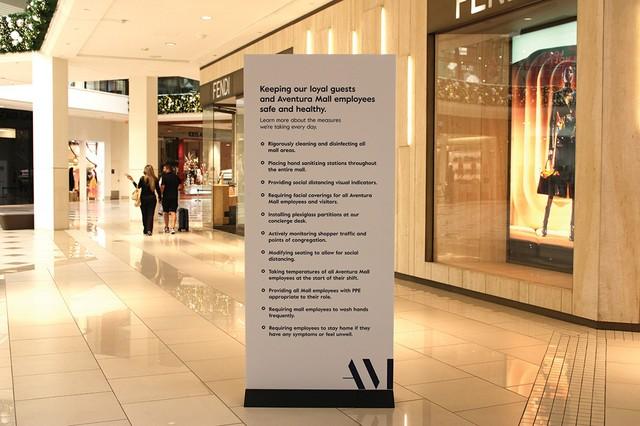 Aventura-Mall-sign.jpg