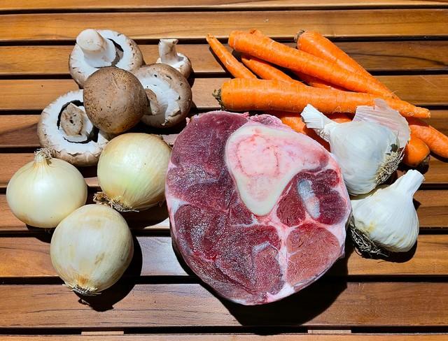 _RAW--ingredients-Ossa-Buco-IMG_0258.jpg