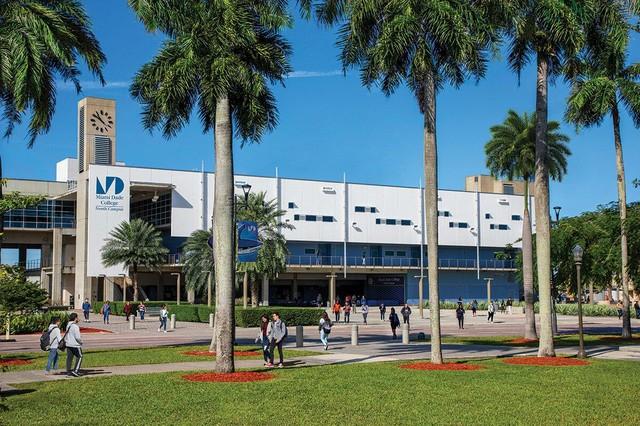 Miami Dade College North Campus.jpg