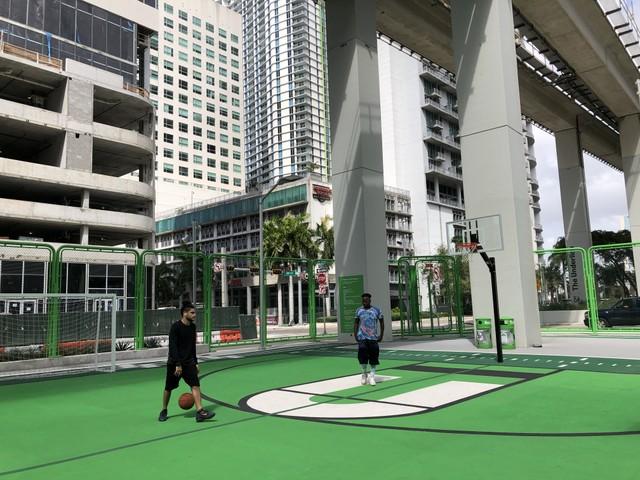 Basketball court - Blanca Mesa.jpg