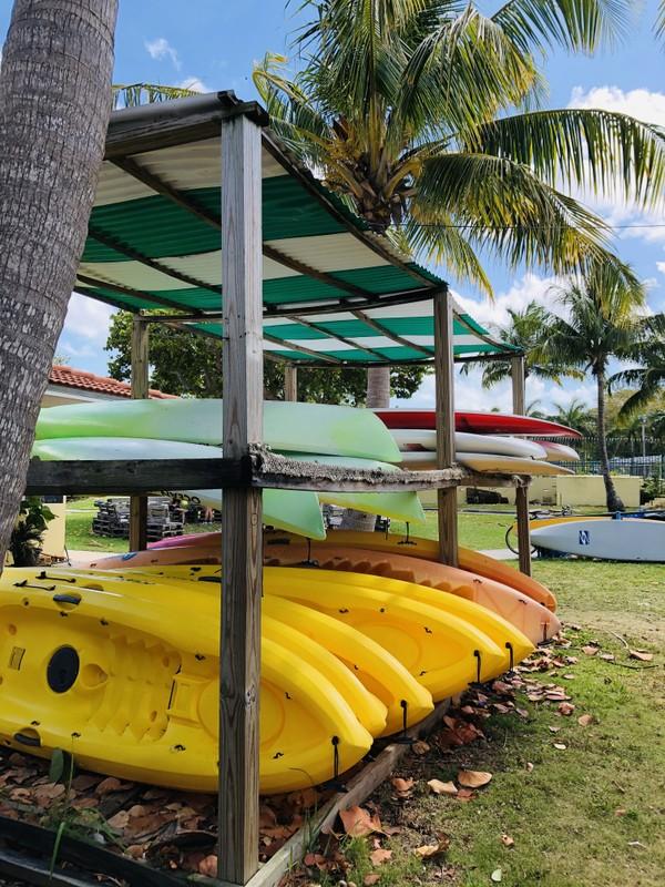BT kayaks verticle.jpg